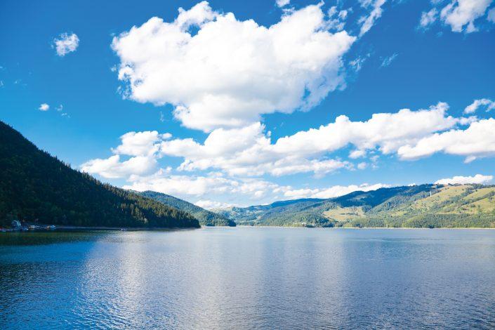 Der Stausee Izvorul Muntelui - Rumänien